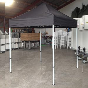 Pavillon 2 x 2 meter